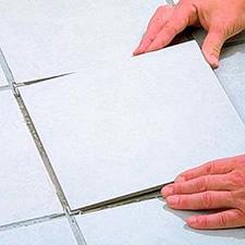 Укладка керамической плитки без рисунка