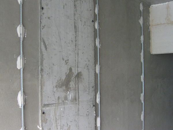 Выравнивание стен по маякам цена за м2
