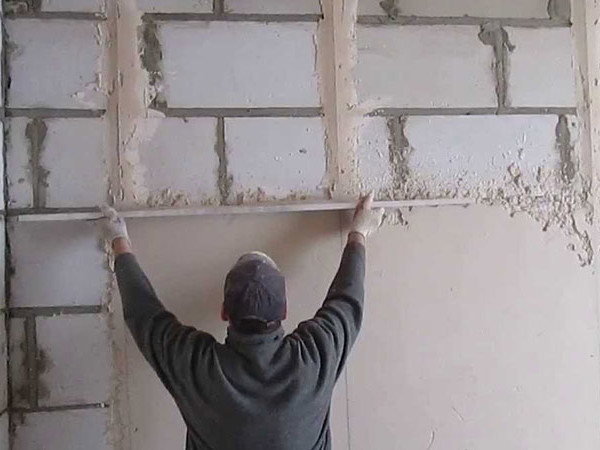 Выравнивание стен штукатуркой цены